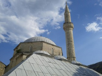 Mostar-Mosque-Old-Town-sky